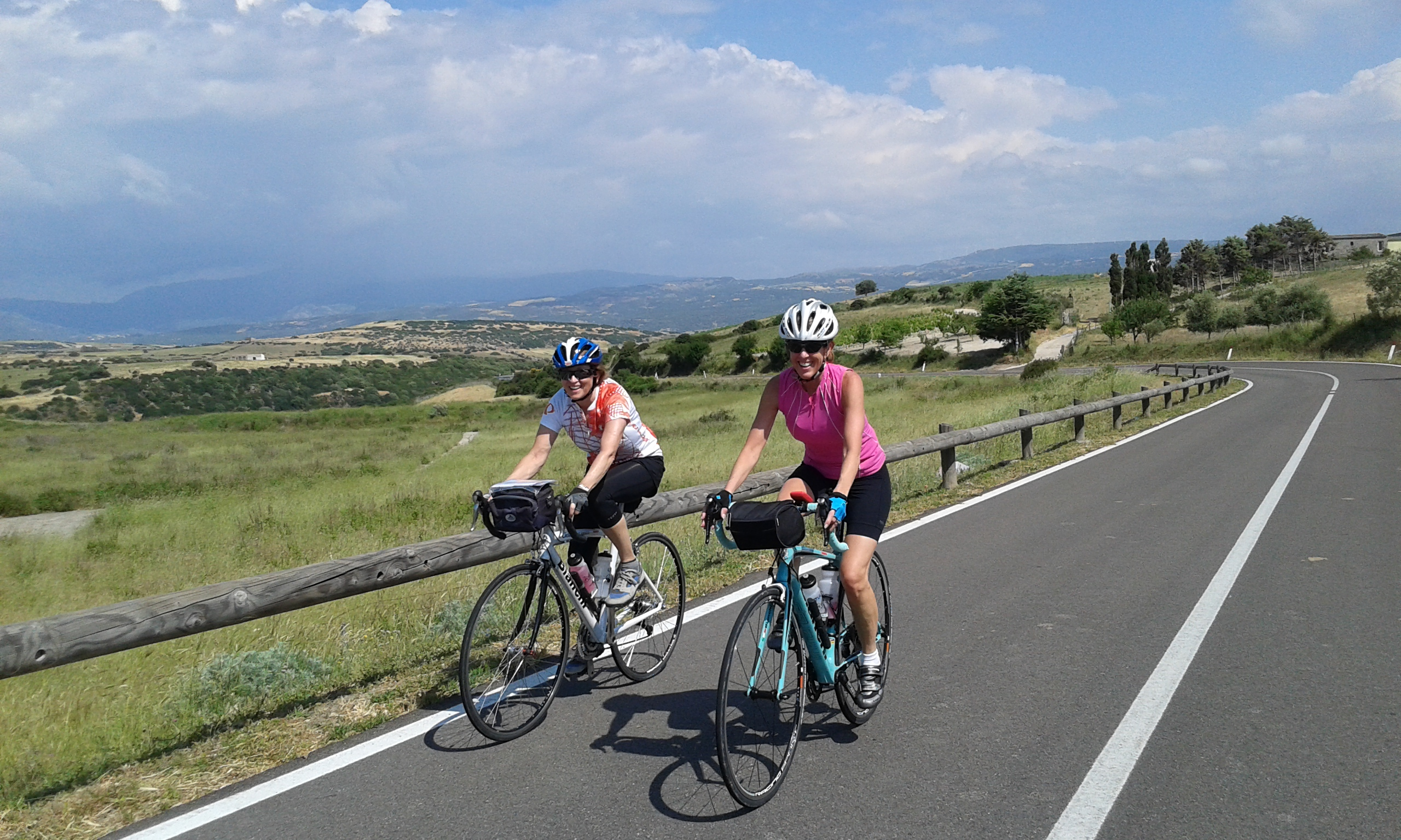 ladies cycling Sardinia